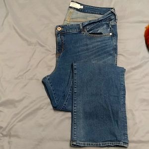 NWOT Torrid Relaxed Boot (Bootcut) Jeans 20R